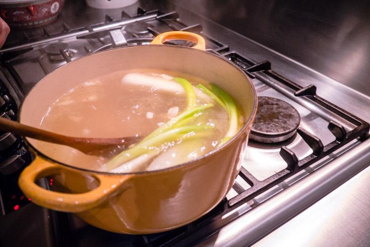 Pork_Noodle_Soup_08