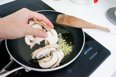 Quinoo_mushroom_sage_salad_05